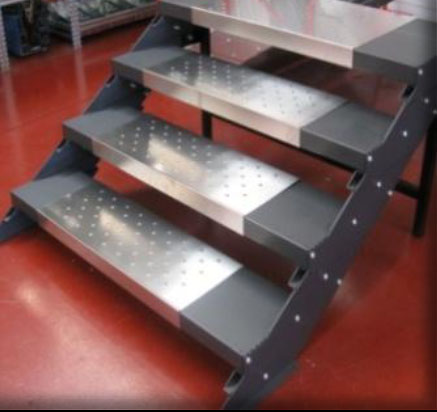 Conveyor market scale modulari for Strisce antiscivolo per gradini